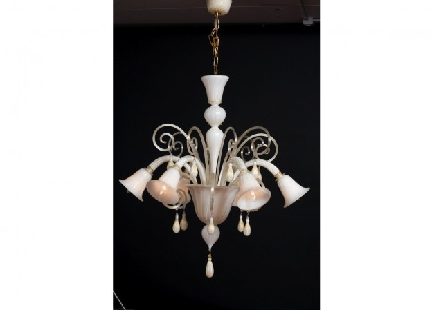 handicraft-venetian-chandelier-blanco-624x449